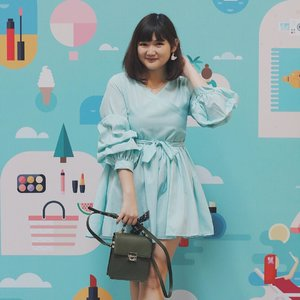 And lastly, my outfit from yesterday in tosca! Don't forget to visit The Beauty Stop (until 3rd September) at Main Atrium Gandaria City and you can find so many beauty and fashion stuffs! 😍 . . . #clozetteid #makeup #makeupjunkie #makeupreview #ootd #ootdindo #lookbook #lookbookindonesia #lifestyleblogger #fashion #blogger #fashionblogger #wiwt #potd #vscocam #eosm10 #lovelife #instagood #streetstyle #potd #eosmdiaries #ggrep #ggrepstyle #LYKEambassador #weLYKEit #whatweLYKE #LYKEootd #LYKE #beautynesiaid #beautynesiamember