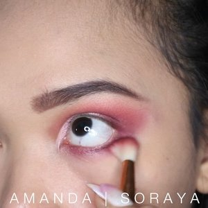 "💕VALENTINE CUTCREASE💕 . Gak berasa bentar lagi valentine day loh guys, kira"" kalian udah ada plan apa nih sama orang tersayang? Nah ini aku kasih ide makeup buat di pake pas valentines day . Ini mini tutorial buat makeup cutcrease yang kmaren aku udah post💋 . Product Used : - primer @jonecosmetic - foundation @lakmemakeup argan oil serum foundation (shade 04 natural light) - powder @revlonid - eyebrow @fanbocosmetics - eyeshadow • @nickaknewyork perfect 23 matte colors • focallure (brightlux palette) - contour @catrice.cosmetics - blush @lagirlindonesia just blush (shade just pinched) - lashes @miniso.official - lipgloss @chanelofficial 09 ginger - softlens @x2softlens sanso radiance . . . . @Beautybloggerindonesia @indobeautygram @beautydept.id @beautiesquad @indobeautysquad @beautyjournal @clozetteid @youtube . . . . . #motd #makeupoftheday #art #mua #muajakarta #muaindonesia #makeupmakeupartist #indobeautyblogger #beautyblogger #beauty #blogger #indobeautygram #beautybloggerindonesia #youtuber #youtuberindonesia #makeupwisuda #makeuprevolution #wakeupmakeup #hudabeauty #vegasnay #mymakeup #ofracosmetics #muaawesome #lipstick #liquidlipstick #giveawayindonesia #clozetteid #clozetteidreview"