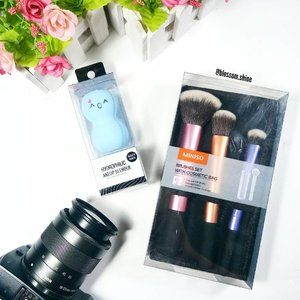 New beauty tools from @minisoindo 😍 isn't the beauty blender very cute and adorable? 💖 Ada yang sudah pernah coba?  What do you think? . #blossomshine #beautytool #beautyblender #miniso #minisoindonesia #makeupbrush #makeuptools #makeuptalk #beautytalk #beautisquad #makeuphoarders #makeupcollector #beautybloggerindonesia #IndonesianBeautyBlogger #BeautyChannelID #kbbvmember #instadaily #flatlay #clozetteid