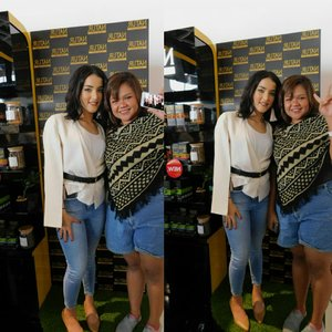 with kak tasya what a beautifull person OMAGAH