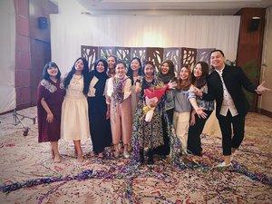 Selamat buat @yaelahbro yang mewakili Indonesia di Grand Final @beautyboundasia 2017 💋💋. Semoga bisa jadi Asian Next Top Beauty Creator ya. - Saksikan episode 5 @beautyboundasia 2017 di chanel youtube @skii, klik link yang ada di bio ya 😘. - #beautyboundasia #changedestiny #skii #clozetteid #clozetteambassador #instalike #vlog #vlogger #blog #blogger #beaautyblogger #beauty #skincare #indonesia #makeupaddict #skin #skincareaddict #challenge #indonesia