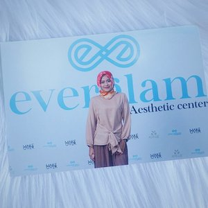 Don't cry because it's over, smile because it happened 😊. Happy sunday 🌞.. - #everglamid #grandopeningeverglamid #medivaindonesia #grandopening #bandung #everglambandung #instalike #instagram #beauty #beautyblogger #bloggers #blogger #beautyevent #like4like #skincare #makeup #clozetteid #clozetteambassador #FDbeauty #makeupjunkie #hijab #naturalmakeup #ootd