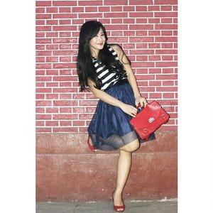 Play with red and blue :) #ootd #ootdmagazine #stripes #tutuskirt #redbag #red #redshoes  #redbrick #fashion #fashionista #fashionid #aboutalook #instastyle #clozetteID #ClozetteAmbassador @clozetteid