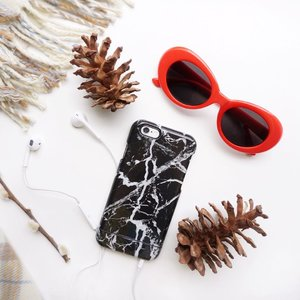 "Minimalist Love made complete with my @gmyle_us Marble case❤️📱Lots of cute ready made cases are available and you can also personalized your own cases at @gmyle_us GO check them out !! ...Don't forget to use my code ""stevie15"" before checking out. It is now valid till January 31 (PST) and it is applicable to all products with 15% OFF (except for add-on and on-sale items). HAPPY SHOPPING!! ..#collabwithstevie #flatlay #sonyforher #iphone #gmyle #stylehaul #ggrep #shotbystevie #iphonecases"