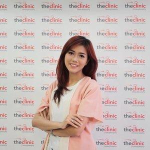 Attending @theclinicid #bloggergathering ❤️❤️❤️ #bloggerevent #bloggerslife #fdbeauty #lifestyleblogger #like4like #clozette #clozetteID  #clozetteambassador #theclinicid #theclinicbeautylosophy #makeup #motd #potd #lifestyle #indonesianbeautyblogger #indonesianfemalebloggers