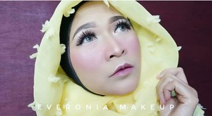 This is my Igari makeup look, full tutorial from this look will be on my YouTube channel soon, link is on my bio.  #makeupbyedelyne #hijaboftheday #makeupartist #makeupartistbandung #mua #muabandung #riasmuslimah #makeupartistworldwild #makeupinspiration #beautyvlogger #wakeupandmakeup #instamakeup #likeforlike #hijaboftheday #hijabi #hijabfashion #starclozetter #clozetteid #atomcarbonblogger #bandungbeautyblogger