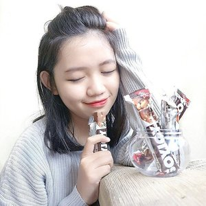 So this is #myhappysnacktime & it's really safe for diet! Find more on http://www.maryangline.com/2017/04/soyjoy-teman-diet-untuk-semua-umur.html?m=1 . . . #clozetteid #beautynesiaxsoyjoy #lifestyleblogger #bloggerstyle #instadaily #vscocam #vsco #peoplecreatives #photoshoot #exploretocreate #photooftheday #stylish #pinterest #vscogood #beautyblogger #beautybloggerid #indonesiabeautyblogger #bestoftheday #style #foodie #ggrep #l4l #yummy #influencers #fblogger #styleblogger #soyjoyid #diet