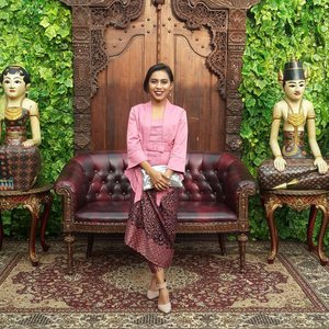 Proud to be Javanese  #latepost #ClozetteID #javanese #jambon #traditionalwedding
