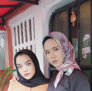 Nana si ulet bulu 😁 . . #clozette #clozetteid #saturdaynight #beauty #hijabi #hijabootdindo #makeup #hijabersindonesia