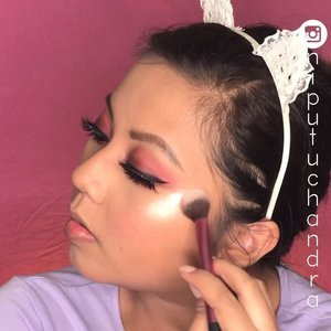 #Flawless Makeup with #makeupindonesia•Wish you have a wonderful weekend!!!❣️•#makeuptutorial #bvloggerid #makeupwisuda #indovidgram #tampilcantik #ivgbeauty #indobeautygram #beautiesquad #bunnyneedsmakeup #undiscovered_muas #flawless #eotd #underratedmuas #abhbrows #clozetteID #urbandecay #maybelline #wetnwild #indobeautysquad @tampilcantik @indobeautygram @indobeautysquad @bunnyneedsmakeup