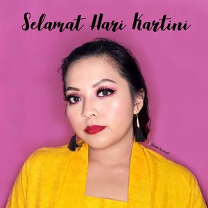 Selamat Hari Kartini👸🏻 Semoga kita bisa selalu menjunjung tinggi semangat dan keberanian Kartini, menjadi perempuan-perempuan terbaik di masa kini dalam bidangnya masing-masing dan tentunya tetap cinta diri kita sendiri.•Loving yourself will bring out the best in you. Stop complaining about yourself. Instead of complaining, show them the best that you can do!#harikartini #harikartini2018 #makeupkartini•#ivgbeauty #indovidgram #indobeautygram #bvloggerid #beautiesquad #bunnyneedsmakeup #tampilcantik #undiscovered_muas #flawless #eotd #underratedmuas #abhbrows #clozetteID #urbandecay #indobeautysquad #beautybloggerindonesia @tampilcantik @indobeautygram @indobeautysquad @bunnyneedsmakeup @beautybloggerindonesia