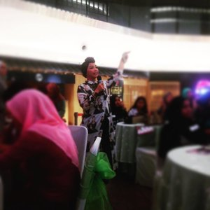 Kartini masa kini? @iim_fahima may da one of da ladies dat can called Millenian Kartini  @sariayu_mt @pertaminaind @queen_rides #Unstoppablequeen #Womenridesafe #NGOPICANTIK22APRIL #WOMENRIDESAFE #NGOPICANTIKAPRIL #clozetteid #Pertaminawomenridesafe