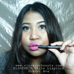 Boo!  Swatch @elsheskin Matte Lipstick! Me got 2 shades, Ava and Adora. I love the formula,  so light but full coverage. Long lasting all day.  Full review on my blog. Click link on my bio!  #vinasaysbeauty #vsbxelsheskin #elsheskin . . . #mattelipstick #clozetteid #makeupoftheday #faceoftheday #bigsize #tannedskin #lipswatch