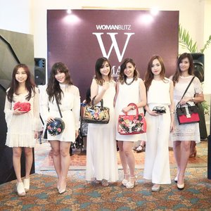 Throwback to pengalaman pertama jadi model 😁 <Swipe Left> New post about Woman Trunk Show 2017 is up on blog. Check link on bio ❤ Get to know the ideas, the designers, the sponsors, and the pretty models😆 . Woman Trunk Show 2017 brought to you by @womanblitz and @sbybeautyblogger. Epic collections from: @menail.salon @egie.room @nancywongcouture . Also supported by : @bumisurabaya @fanny_blackrose @makeoverid @lasalleindonesia @wmodels_id @id_etcetera @uniart_id @dnetprovider @Safecare  #WBxSbbWomanTrunk #WomanTrunkShow2017 #womanblitz #potd #lotd #clozetteid #fashionlookbook #womantrunk #womantrunkshow #designersurabaya #eventsurabaya #indiedesigners