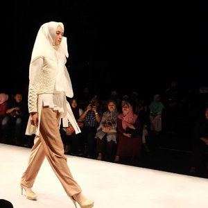 Muslimah Fashion Festival -  Indonesian Fashion Institute - @inggabia first show 💕💕💕 #clozetteid #muffest #muffest2017 #modestfashion #muslimfashionfestival #inggabia