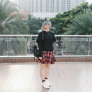 Go monochrome with a little touch of tartan 💕 Check out my blog post 👉 bit.ly/RosegalHaulReview 🤗 . . . #clozetteid #bigdreamerblog #fashionblogger #fashionblog #fashionbloggerstyle #gogirlmagzstyle #cgstreetstyle #ggrep #lookbookindonesia #lookbook #ootdindo #ootd #fashion #style #styleblogger #ootd4nylonjp #lookbook #coordinate #fashioninfluencer #今日の服 #今日のコーデ #コーディネート #패션 #패션스타그램 #인스타패션
