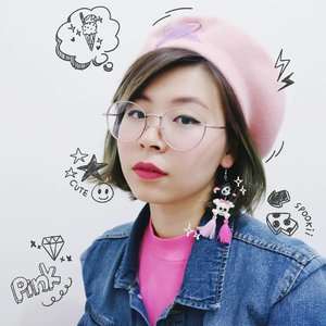 I bought this cute earrings from @spookiiland 😍 大好き! Also add some doodle because I don't want to waste my skill 🤣🤣 (It's hand-drawn, not sticker). Oh, I'm wearing @dearmebeauty matte lip creame in Dear Kiki shade 💖 . . . #clozetteid #kawaii #fashion #fashionblogger #kawaiifashion #jfashion #harajuku