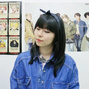 Kinda miss my old hairstyle lately 💁 Should I just go back to black 😂😂 . . . #clozetteid #hairstyle #fbloggers #fashionbloggers #beautybloggers #bbloggers #lifestyleblogger #头发颜色 #博客 #ulzzang #ggrep #looksootd #GADISmagz #美容ブロガー #スタイル #패피 #패션스타그램 #얼짱 #뷰티블로거 #뷰디 #파워블로거