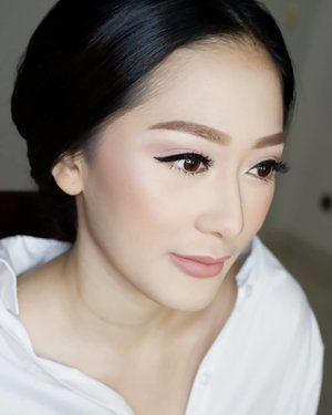 #latepost  Makeup by @shelleymuc HairDo by @suci_hairdo  #makeup #beauty #shelleymuc #surabaya #makeupartist #mua #shelleymakeupcreation #beforeafter #clozetteID #makeover #muasurabaya #muaindonesia #hairdo #soft #softmakeup #beautifulgirl #softsmokey #glammakeup #glamourmakeup #makeupartistsurabaya #surabayamakeupartist #correctivemakeup #monolid #monolidmakeup #bride #bridesmaid #bridesmaidmakeup