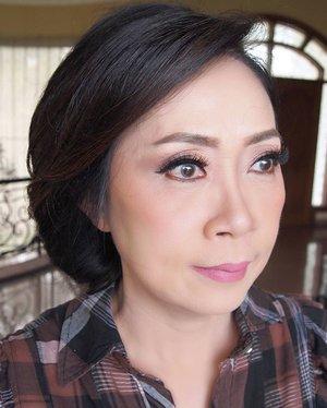 Soft Makeup for @ayuniasaputro98 's mom  Makeup by @shelleymuc HairDo by @suci_hairdo_085730029312  #makeup #beauty #shelleymuc #surabaya #makeupartist #mua #shelleymakeupcreation #beforeafter #clozetteID #makeover #muasurabaya #muaindonesia #hairdo #soft #softmakeup #beautifulgirl #softsmokey #glammakeup #glamourmakeup #makeupartistsurabaya #surabayamakeupartist #correctivemakeup