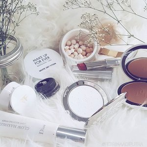 White and bright! ⭐⚪⭐⚪⭐ #clozetteid #clozette #fdbeauty #makeup #makeupoftheday #bestoftheday #pickoftheday #fotd #motd #faceoftheday #potd #guerlain #dior #diorbeauty #tomfordcosmetics #makeupforever #makeupforeverid #bbloggers #beautyblogger
