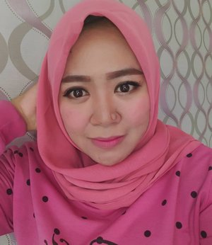 Today's mood : pink💋 : peripera airy ink no.4 + jordana creme brulee.#makeup #makeupaddict #makeupjunkie #makeupobsessed #makeupporn #makeupcollection #instamakep #dailymakeup #makeuporganization #blogger #beautyblogger #indonesianbeautyblogger #beauty #instabeauty #blush #fdbeauty #highlighter #bronzer #lipstick #lipstickaddict #lotd #lipstickcollection #motd #makeupoftheday #fotd #makeuplook #makeuplover #makeupmafia #ilovemakeup #clozetteid