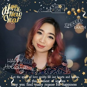 Happy holidays everyone ❤️❤️❤️ Have fun, celebrate, be happy, be merry, and celebrate with you loved ones.  #holidaymood #happyholiday #seasonsgreetings #bblogger #happynewyear #clozetteid #christmas #merrychristmas #familytime #love #celebrate #beauty