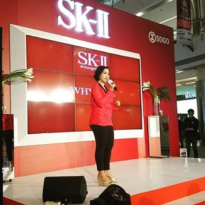 Dinda, founder of #pinkshimmerinc.  Her story id about never giving up.  @skii_id #changedestiny  #clozetteid #beautyblogger #beauty #inspiringwomen