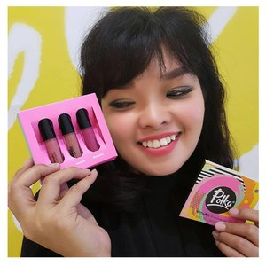 My expression when my best friend gave me 3 lipstick with colour selection from Polka. They are Maraccas, Mandolin, Tambourine. Just wait for my review. .. Thanks to @kpmputri 😃😂😘😘 .. #polkalipstick #polka #ClozetteID #makeup
