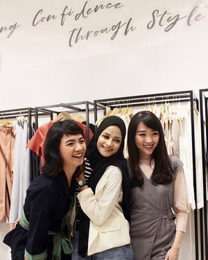 Happy to meet you girls @sophie_tobelly @nabilaabdat2 ❤️❤️ #clozetteid #clozetteambassador #lovebonito #sayaLB #LBootd #WomenofLB #style #styles #styleoftheday #fashion #fashionstyle #fashionblogger #fashionable #indonesiafashion #clozetteambassador #clozetteid #instagram #instagood #instamood
