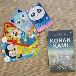 Me time! .What is your 'me time'? Mine is reading a book with mask sheet on 😊.....#ClozetteID#metime#bookworm#masksheet#masksheetkorea#korankami#lucyinthesky#saturdayvibes