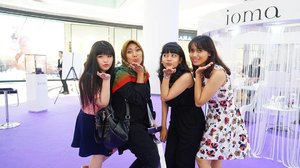 😚😚😚 happy to met them at @iomaindonesia beauty talkshow yesterday 💕💕💕 #iomaindonesia #personalizedskincare #ioma #clozetteid #clozetteambassador #beautytalkshow #skincare #throwback #beautybloggerindonesia #indonesiabeautyblogger #beautyblogger #beautybloggerid #lynebeauty #wonderfullyn  #cosmetics #뷰티블로거 #뷰티 #뷰티크리에이터 #fdbeauty #뷰티  #블로거 #미샤 #리뷰 #핸드크림 #귀엽다 #화장품 #스타그램 #뷰티스타그램 #frenchskincare #madeinfrance