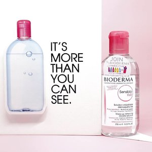 Still after tried a lot of micellar waters from the market @bioderma_indonesia H20 Sensibio is the best for me! And on @sociolla you can grab the special Bioderma bundle and also discount! Read on my blog for further details and also why I'm so in love with this micellar water . . . #biodermaindonesia #sociolla #sbn #sociollabioderma #sociollabloggernetwork #lynebeauty #wonderfullyn #france #clozetteid