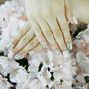 Beautiful nails come with beautiful heart - Lyne . . . . #quotesoftheday #quotes #lynenails #wonderfullyn #nailartist #lynebeauty #clozetteid #photoshoot #weddingnails #pink