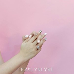 The happiest girls always have the prettiest nails - Tammy Taylor....#quotesoftheday #quotes #lynenails #wonderfullyn #nailartist #lynebeauty #clozetteid #photoshoot #weddingnails #pink