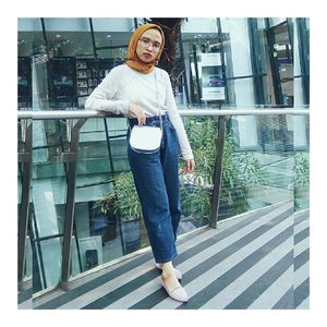 101 chic : mustard never go wrong (and of course this high waist jeans). #ClozetteID #abmlifeisbeautiful #abeautifulmess #starclozetter #hijabchic #whatwelike #lookbookindo #chictopia #acolorstory