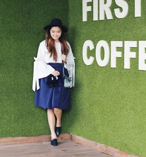 Nice weather! Nice color! Nice nicee~~~ absurd caption... . . . 👒 @bowbowshoe @yuanclothing 👕 @avgal_collection 👗 @twenty3my 👠 @bowbowshoe 👜 @shoparoom 📷 @devolyp . . . #bloggerindonesia #lookbookindonesia #beautyguru #beautyvlogger #beautyblogger #clozetteid #bloggerstyle #fashionblogger #fashionstyle #fashionindo #indonesianbeautyblogger #indonesian_blogger #indonesiabeautyblogger #youtuber #youtubeasia #youtuberindonesia #clozetteambassador #beautyindonesia #indobeautygram#stylehaul #excelsocoffee