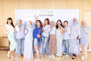With my beauties at @zoyacosmetics event dalam rangka peluncuran website Zoya sehingga semua wanita di Indonesia bisa mendapatkan produk Zoya dengan mudah #easilylookingood #zoyacosmetics #effortlesslybeautiful