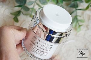 💙💙💙Current Fav #lavinecosmetics #moisturiserRead more... | www.Glowlicious.Me...#dailyskincare  #clozetteid #bblog #skincareaddict #fdbeauty #bloggerreview #mummyblogger #white #green