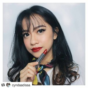"#Repost @cyndaadissa (@get_repost) ・・・ Mau 2 Lipstik Maybelline Loaded Bolds GRATIS? . Cukup dengan repost foto ini dengan hashtag  #mnyxsociolla #MaybellineLoadedBolds #maybellineindonesia. Follow dan tag aku juga ya!❤ . Aku akan pilih 1 pemenang yang beruntung untuk mendapatkan dua Lipstick @maybelline Loaded Bolds dari aku x @sociolla. . Psst, don't forget to use voucher code ""SBNLA4D6"" to get disc on your purchased on Sociolla . I'm wearing ""09 Midnight Date"". Super creamy and bold in just one swatch 💄 . . Aku akan umumin pemenangnya di kolom komentar foto ini hari Sabtu, 23 Sept ya! . . . #clozetteid #ootd #beauty #indobeautygram#beautyblogger #beautynesiamember #dailymakeup#blogger #indonesianbeautyblogger#indonesianfemaleblogger #bloggerperempuan #아름다움 #구성하다 #charisceleb #giveaway #giveawayjakarta"
