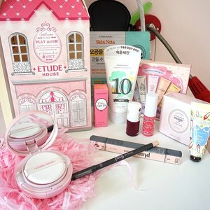 Definition of cute... sweet.. beautiful .. all in one from #etudehouse ... 😙😘 #clozettedaily #clozetteid #makeup #makeupaddict #makeupjunkie #beautyaddict #haul #beautyhaul #makeuphaul #koreamakeup #korean #etudehousekr #etude #wannabesweet #playetude #etudehouseid #etudehouseindo #etude #anycushion #cushion #bbcream #pink #pinklover #pinkholic