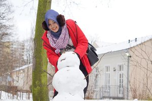 I wanna build a snowman . . 📷 by @bubungabu . . #snow #snowman #winter #Dresden #Germany #wheningermany #europe #wintertrip #winterineurope #IndonesianFemaleBloggers #clozetteid #bloggerceria #traveling #traveleurope #deutschland