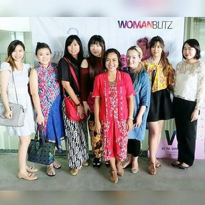 Happy 2nd Anniversary @womanblitz !  #womanblitz #womanblitzer #womanblitzanniversary #happyanniversary #partnerincrime #2ndanniversary #mediapartner #clozetteid #clozettedaily #sbybeautyblogger #blogger #bbloggerid #beautyblogger  #indonesianblogger #surabaya #surabayablogger #indonesianbeautyblogger #surabayabeautyblogger #lifestyle #celebration #anniversary #happyanniversary #ladies #kartini #kartiniday #harikartini #batik #kebaya #wewearbatik #proudlyindonesian