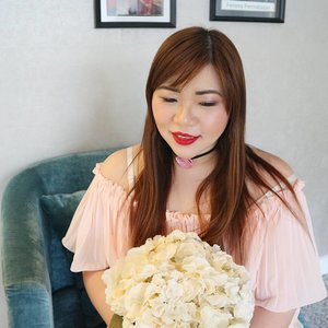 "So i randomly saw a vase at ABC and decided that the flowers would look good with my outfit 😄😄😄. You can't see it in this pic but i was actually cradling the vase like a freak 😂😂😂. Seriously, we got too comfortable at ABC and started acting like we were home 😐, pretty much used every spot and prop to camwhore with wth. 💄 : City Color Be Matte in M20 Lola from @kutekmurah  Use code ""sbybeautyblogger"" in their website to get 20% off City Color Be Mate lipsticks!  #red #pink #pleatedtop #bbloggerid  #beautyblogger #beautyinfluencer #girlygirl #indonesianblogger #indonesianbeautyblogger #surabayablogger #surabayabeautyblogger #motd #fotd #redlipstick #redlips  #discountcode #endorsement #endorsersby #blogger #influencer #clozetteid #clozettedaily #bloggerceria #beautynesiamember #sbybeautyblogger #bblogger #beautyblogger #personalstyleblogger #girl #asian #potd"