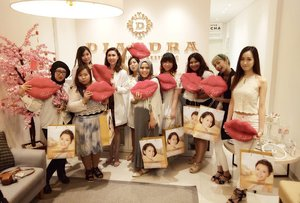 #thankyou @diandraclinic and @womanblitz for having us!  We had such a great and educational time, we learned so much from dr.  Imelda 😻  #sbybeautyblogger #bloggermeetup #womanblitz #diandra #diandraclinic #surabaya #surabayaclinic #event #surabayaevent #blogger #bblogger #bbloggerid #indonesianblogger #indonesianbeautyblogger #surabayablogger #surabayabeautyblogger #clozetteid #clozettedaily #girls #ladies #eventsurabaya #meetup #womanblitzevent #bloggerceria #bloggerceriaid #dresscodewhite