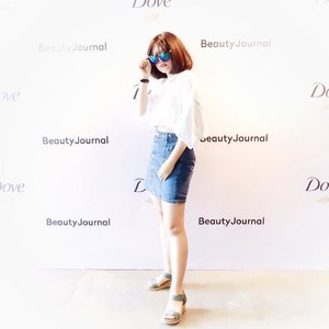 Yesterday attending @dove 'Afternoon Beauty Stories' and having so much fun there💙 R u curious enough what happened yesterday? Wait for my next post and blog!😜 . . #clozetteid #LYKEambassador #beautyjournalxdove #beautyjournalxdove #realbeauty #DoveIDN