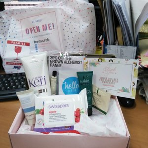 Indulge myself by #BenTreasureBox Birthday Edition that delivered today. Can't wait to try them all! #benscrub #beauty #skincare #clozetteID #CIDskincare #clozette #sukin