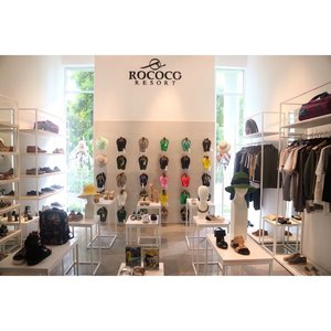Once again congratulation to @rococostore!🎉 Full story up on my blog! . . . . . . #wseminyak #rococoresort #balilife #balilivin #baliblogger #balifashion #highendbrand #vilbrequin #clozette #clozetteid #beachwear #blogger