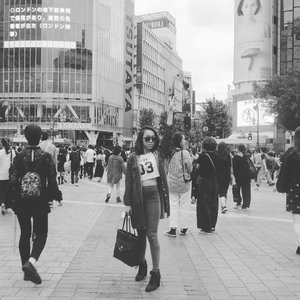 #throwback Japan ❤ ... .. #sakuralisha #independentwoman #indonesianbeautyblogger #shibuya #trip #travels #holiday #traveller #travellife #followback #followforfollow #likeforlike #instagood #likeforfollow #followme #like4like #follow4follow #instagram #tokyo #ootd #blackandwhite #fashion #travelphotography #clozetteid #autumn #japan