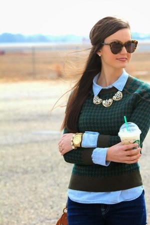 Green preppy look